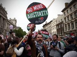 Share Politics: Anti-Austerity March