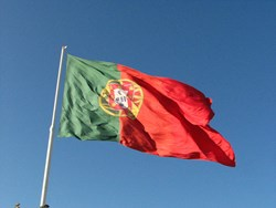 Is Portugal facing a banking crisis? Patrick Jones investigates with Daniel Gros of the CEPS