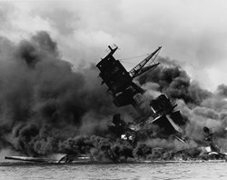 Pearl Harbor: Japan's PM visits 75 years on