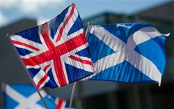 Pound plummets as Scottish independence question re-emerges