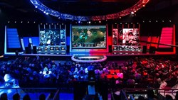 Business of Sport: eSports set to generate £1bn in revenue by 2020