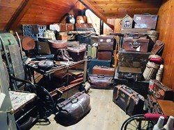UK Money Blogger: De-cluttering your home