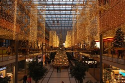 Mini Mindset: Changing Attitudes to Christmas Shopping